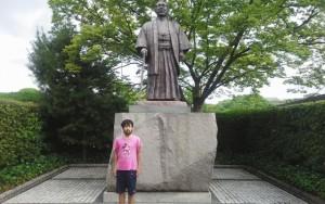 廣田弘毅先生銅像、福岡県護国神社参拝2