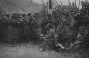 青島攻撃の準備をする皇軍兵士